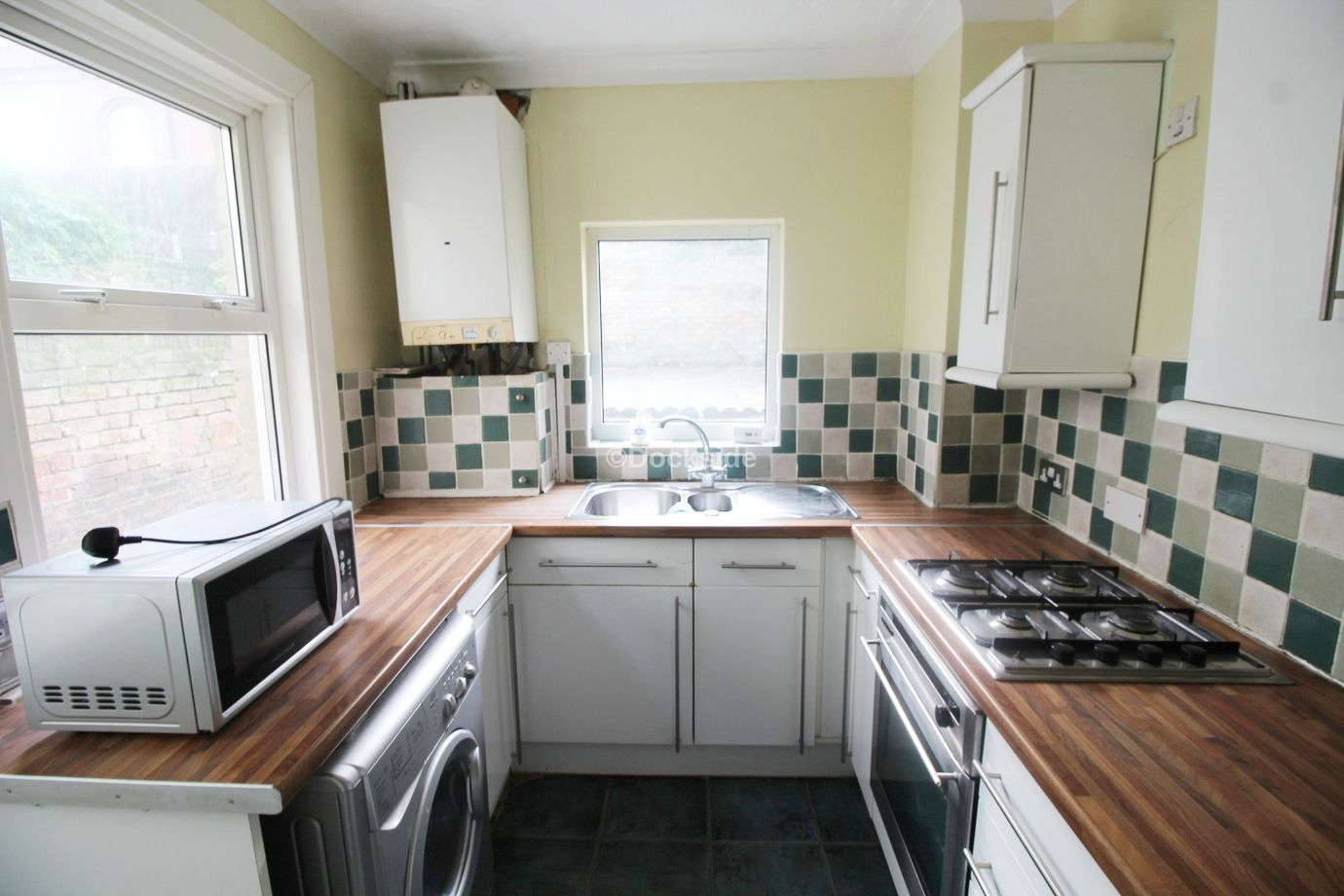 3 bed house to rent in St Bartholomews Terrace  - Property Image 2