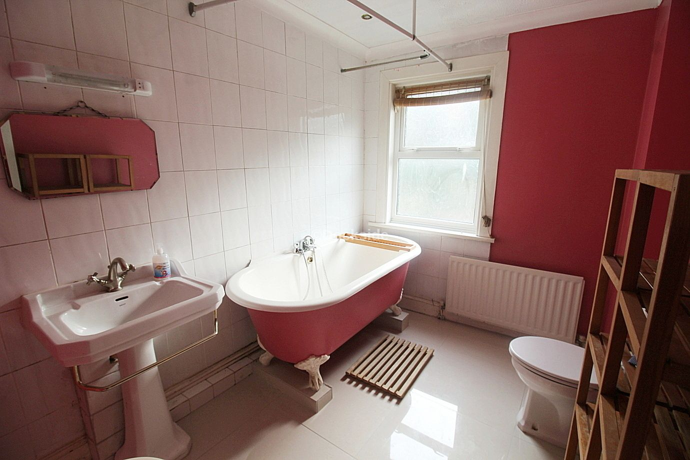 3 bed house to rent in St Bartholomews Terrace  - Property Image 7