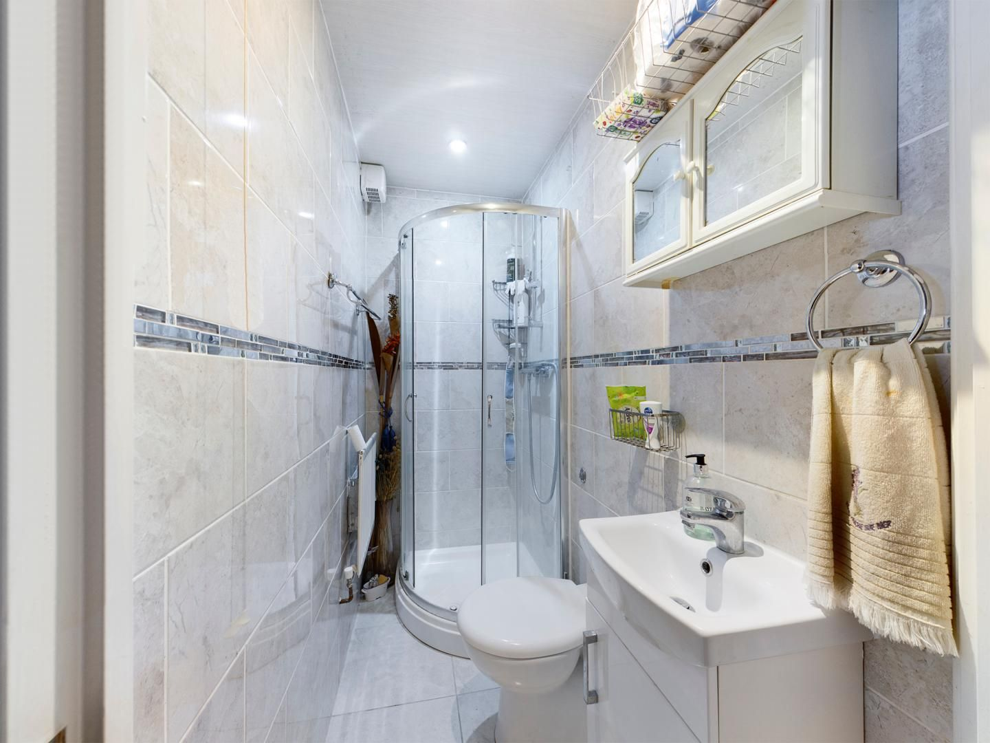 4 bed house for sale in Diana Road  - Property Image 7