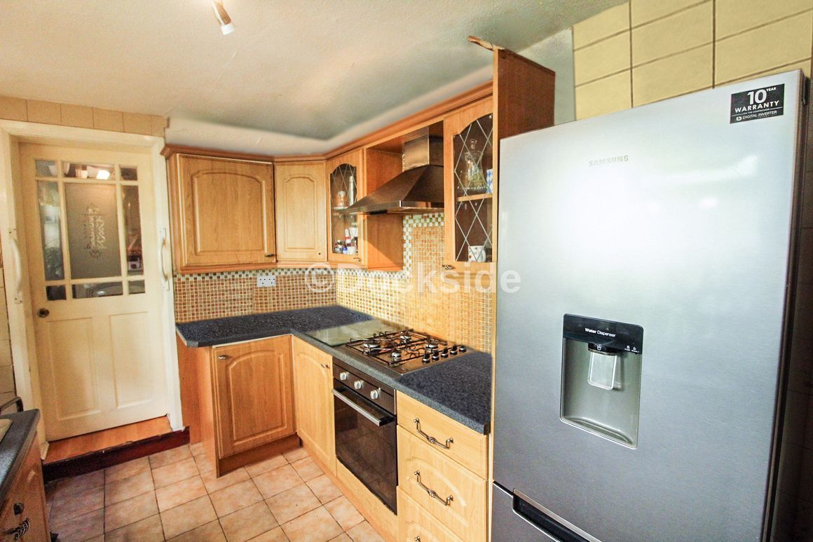 3 bed house for sale in Cornwall Road, ME7