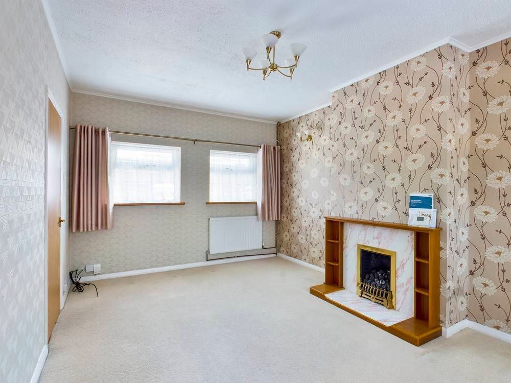 2 bed house for sale in Roffen Road  - Property Image 2