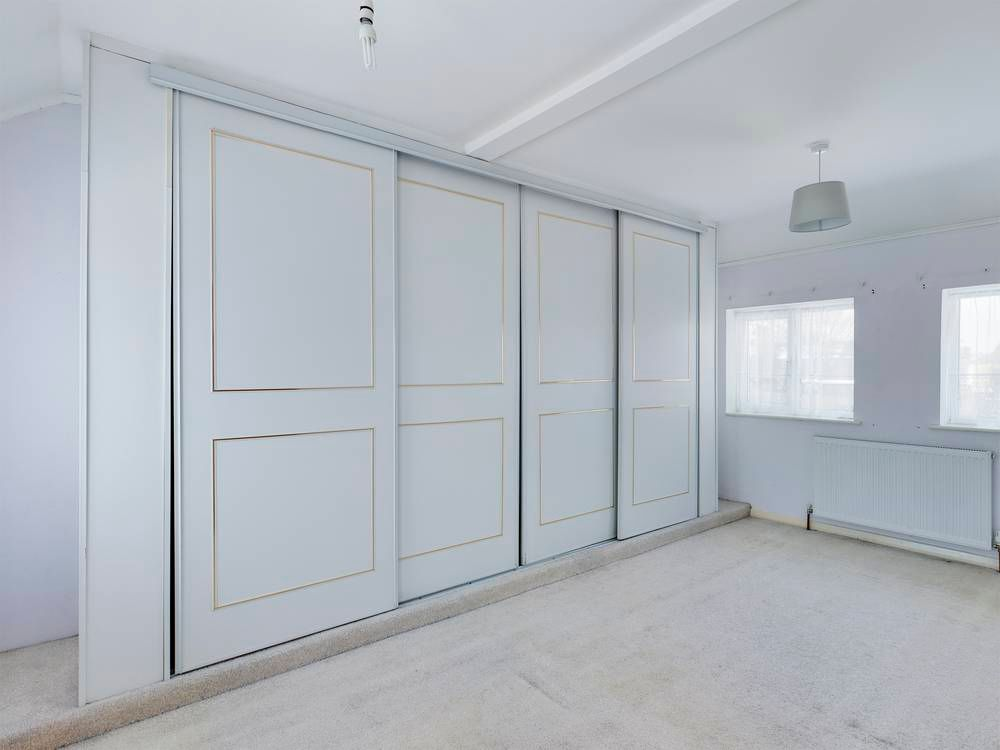 2 bed house for sale in Roffen Road  - Property Image 5