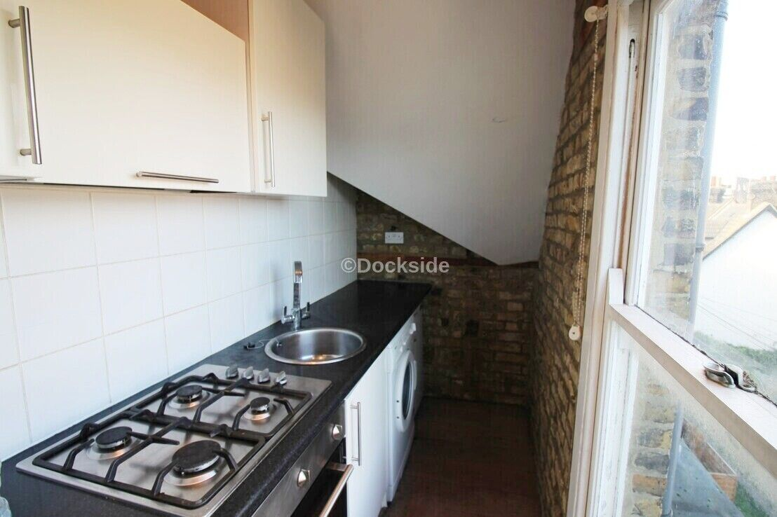 1 bed flat to rent in High Street  - Property Image 4