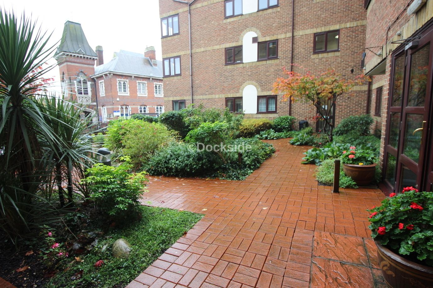 1 bed flat for sale in High Street, ME1