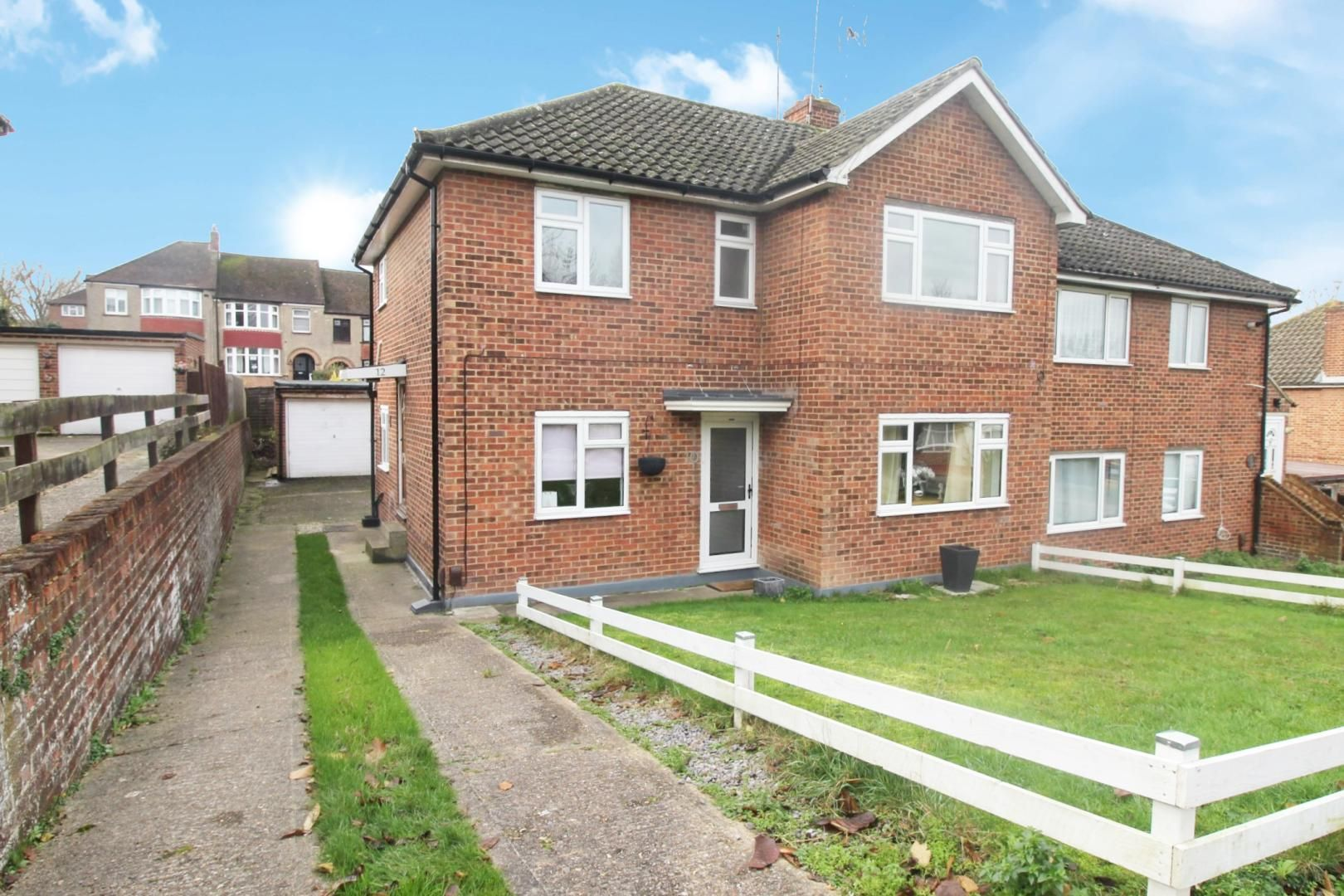 2 bed flat for sale in Mansel Drive, ME1