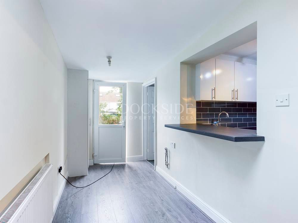 3 bed house to rent in Dawes Street  - Property Image 2
