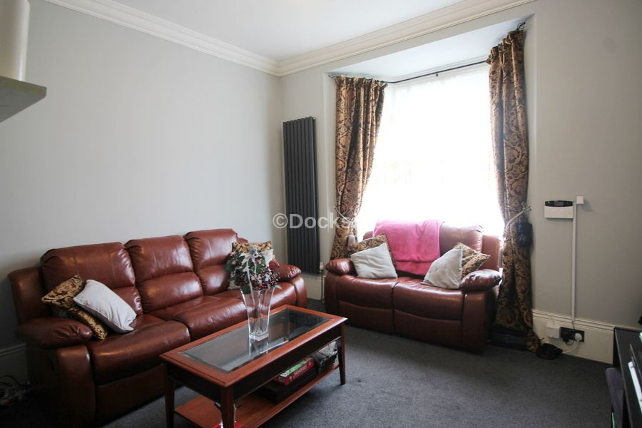 5 bed house for sale in Waterloo Road  - Property Image 2