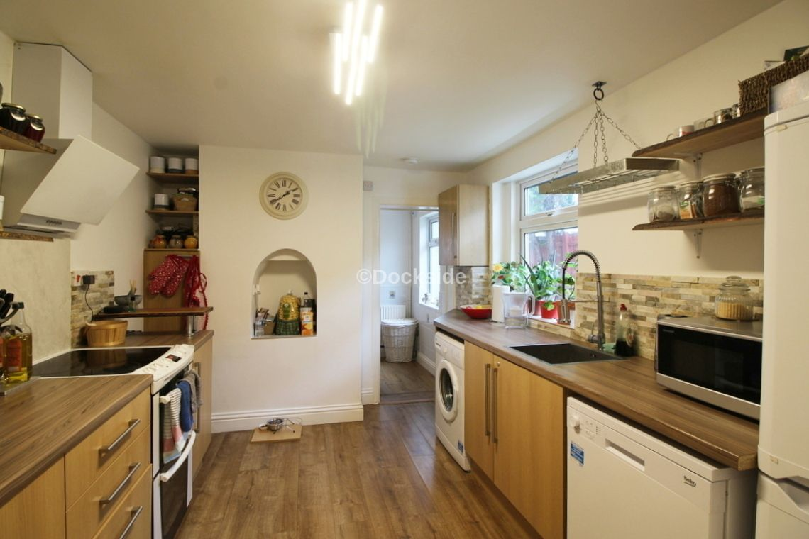 5 bed house for sale in Waterloo Road  - Property Image 3