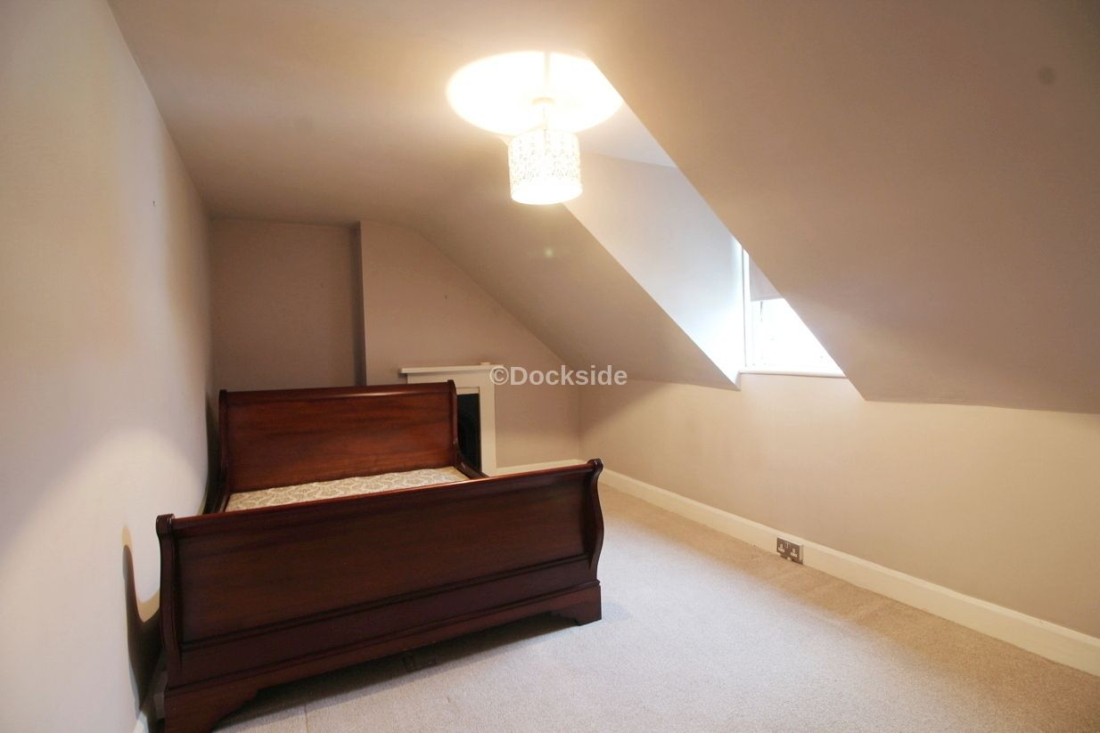 2 bed flat to rent in St. Marys Road  - Property Image 3