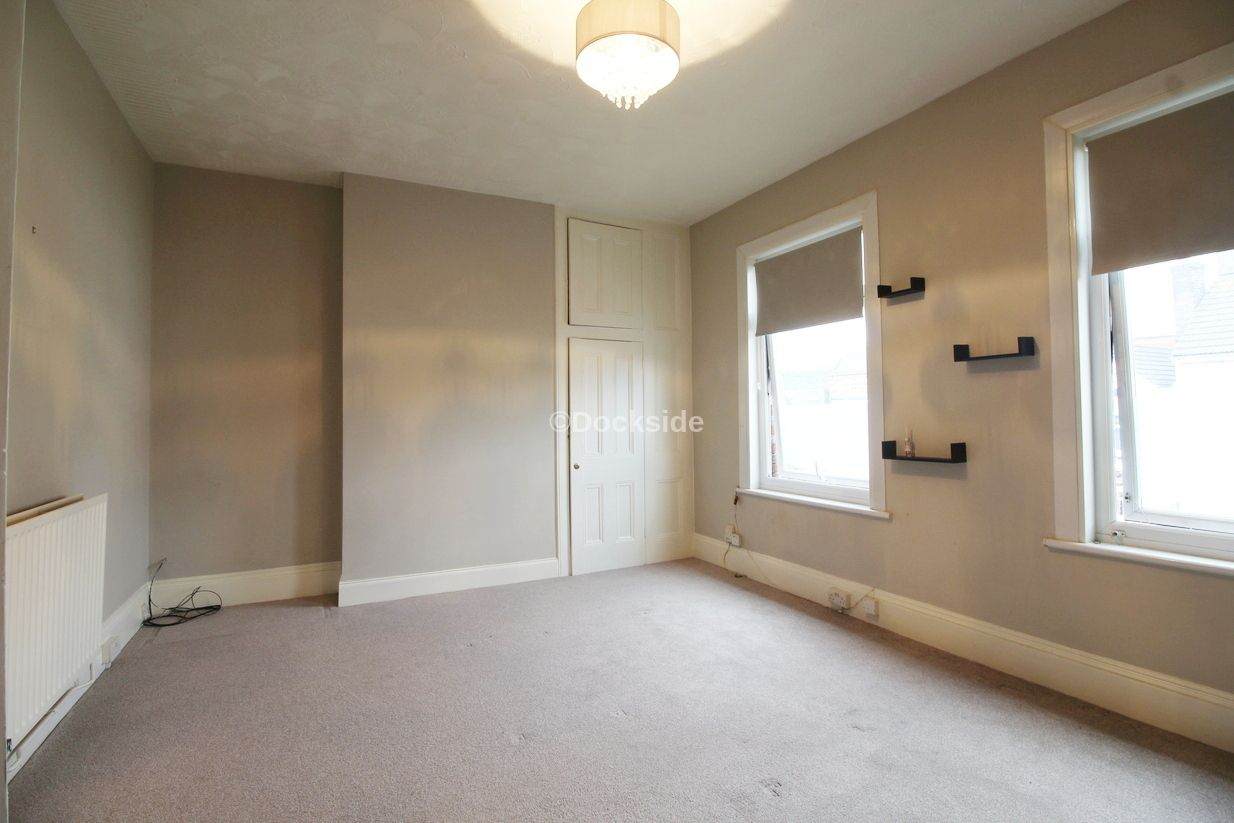 2 bed flat to rent in St. Marys Road  - Property Image 4