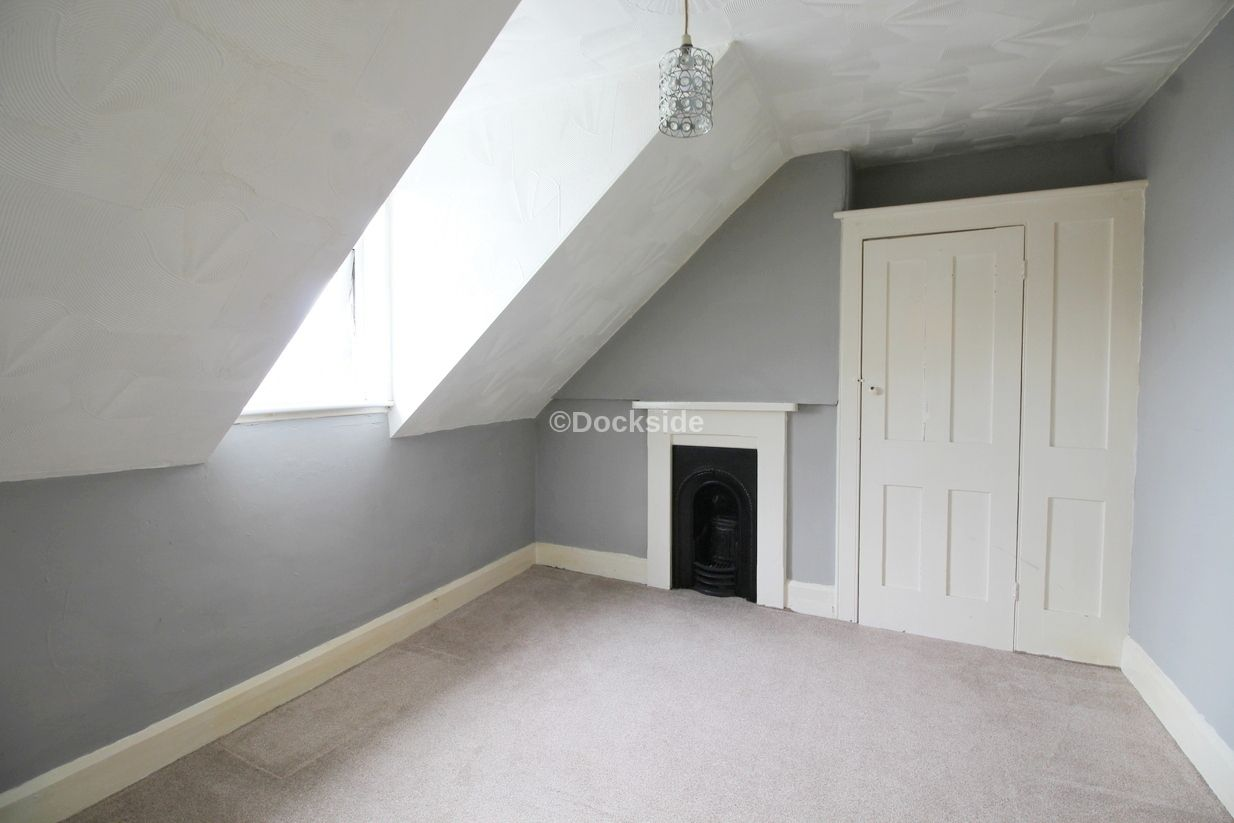 2 bed flat to rent in St. Marys Road  - Property Image 5
