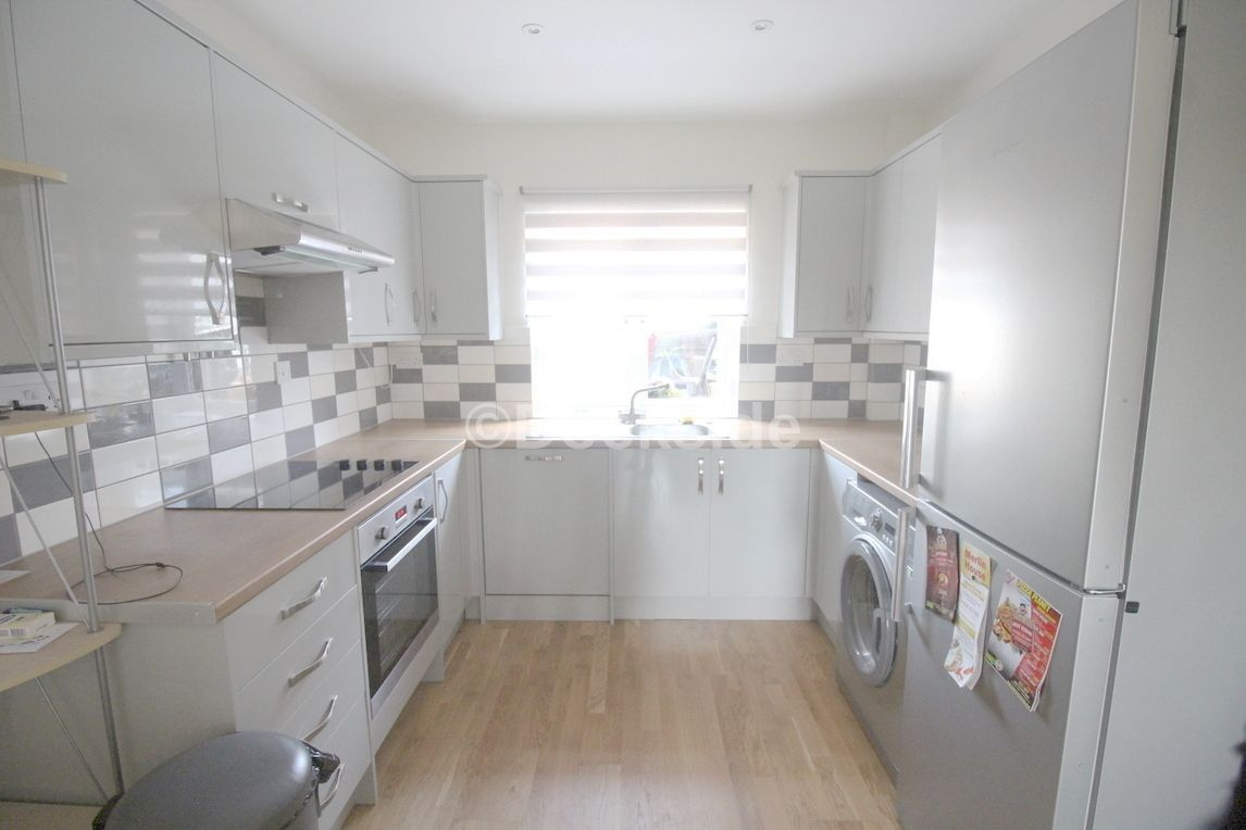2 bed house to rent in Chalkpit Hill  - Property Image 3