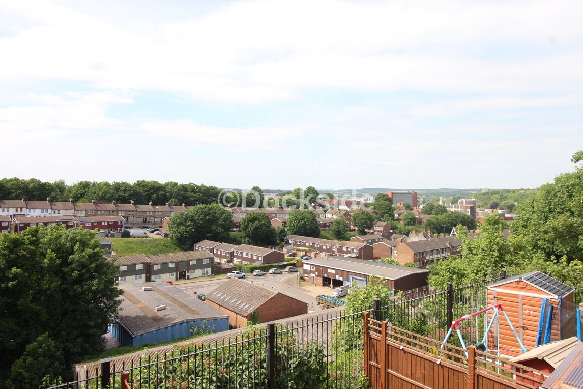 2 bed house to rent in Chalkpit Hill  - Property Image 8