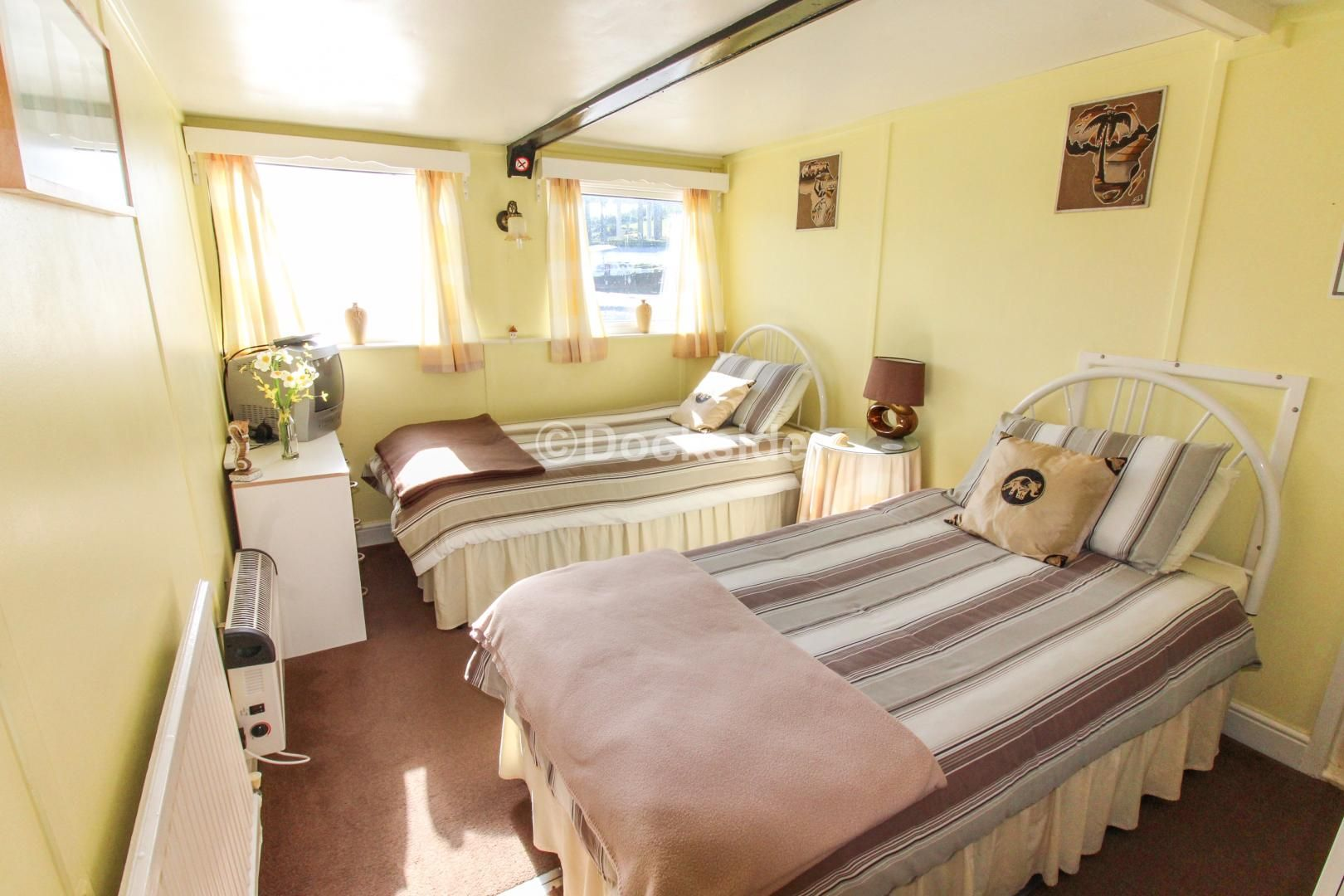 6 bed house boat for sale in Manor Lane  - Property Image 6