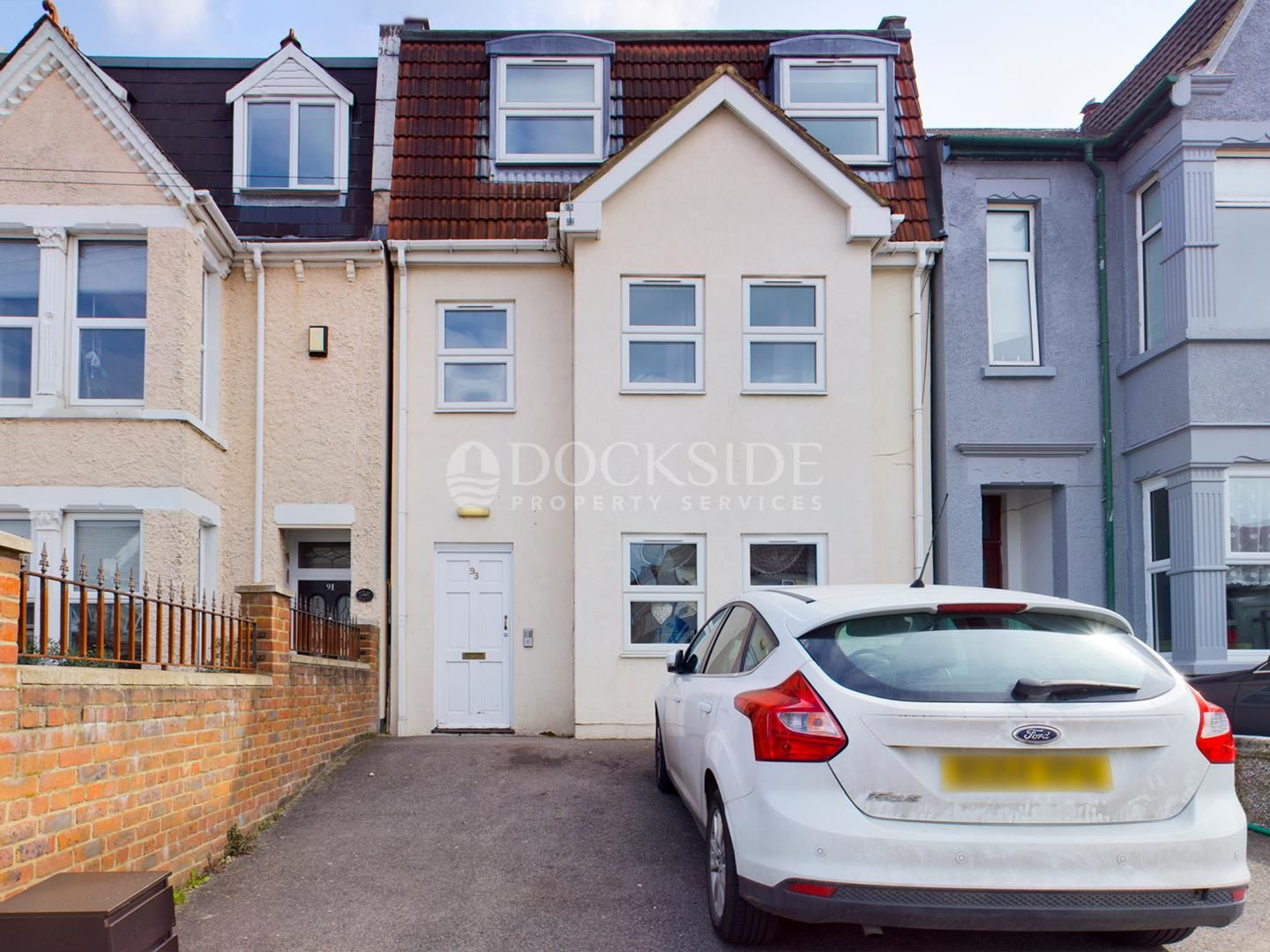 2 bed flat for sale in Napier Road, ME7