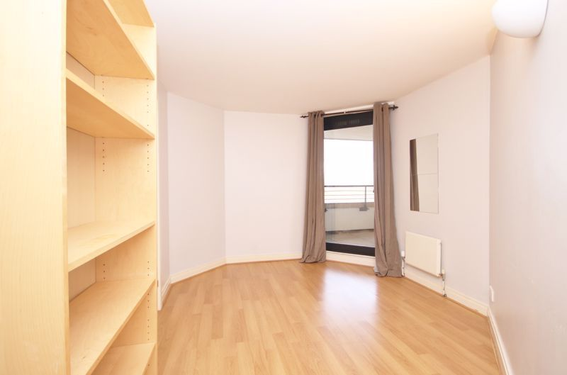 2 bed flat to rent in Burrells Wharf Square  - Property Image 5
