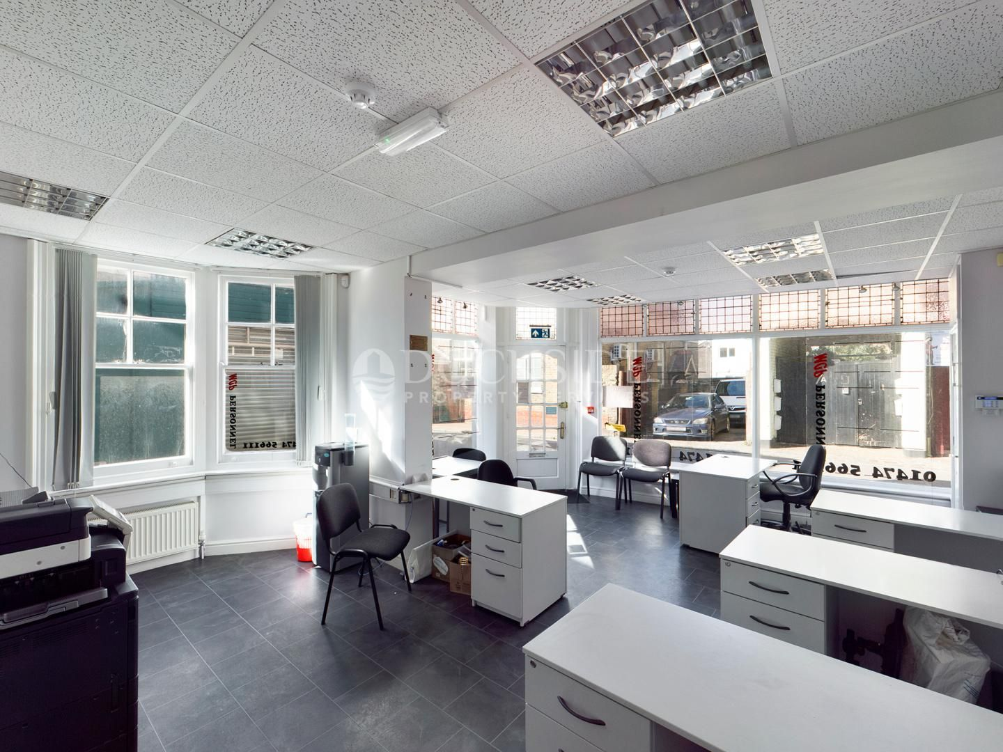Office to rent in Manor Road - Property Image 1