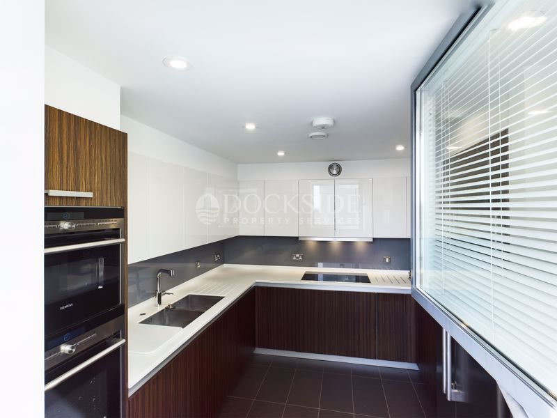 4 bed flat for sale in Pier Road  - Property Image 4