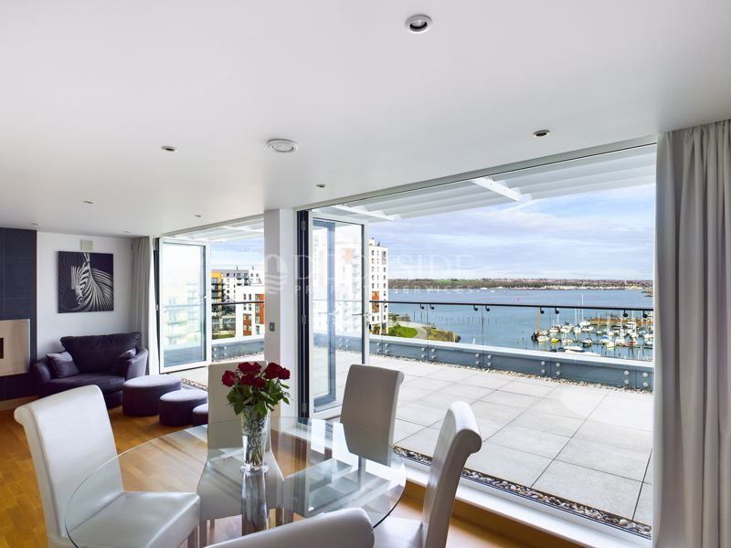 4 bed flat for sale in Pier Road  - Property Image 5