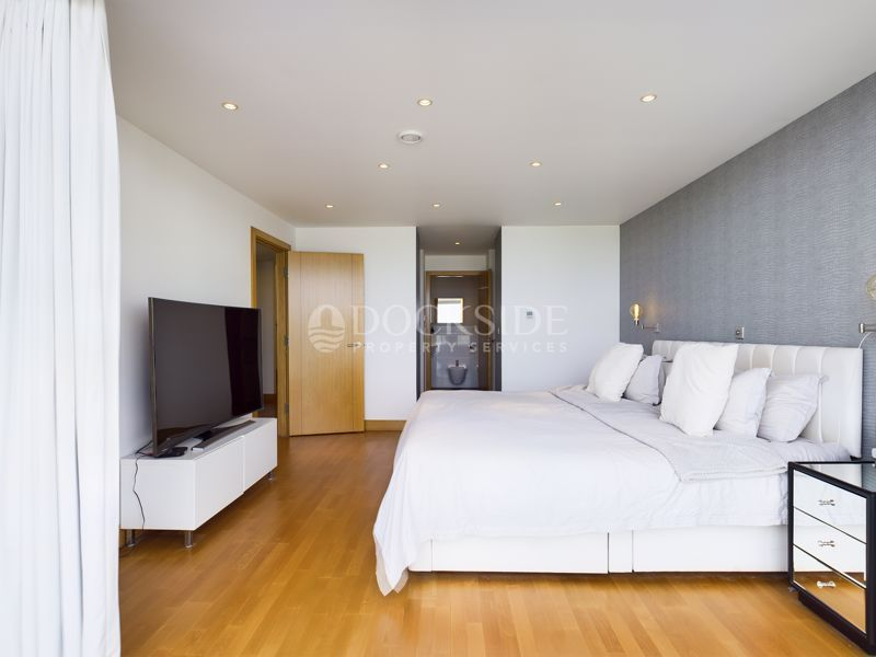 4 bed flat for sale in Pier Road  - Property Image 6