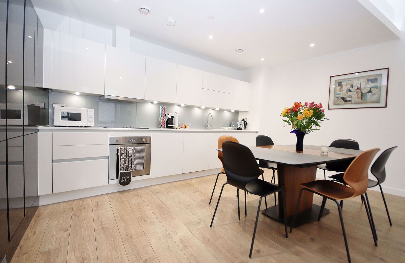 3 bed flat for sale in Williamsburg Plaza, E14