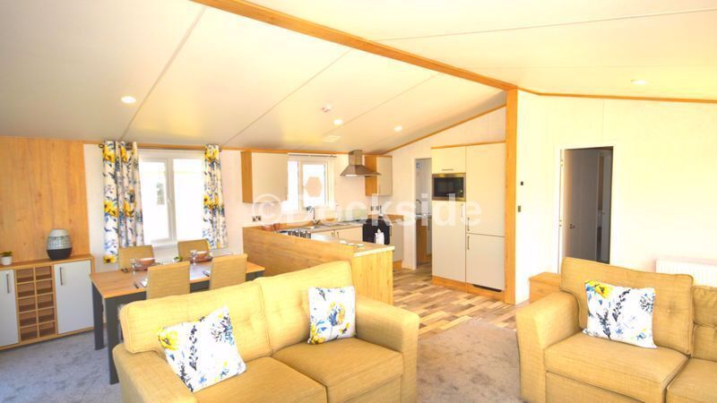 2 bed park home for sale in New Beach Holiday Park, TN29