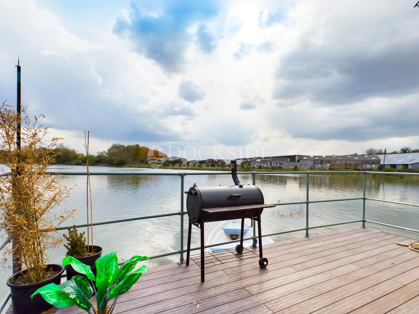 2 bed house boat for sale in Knight Road, ME2