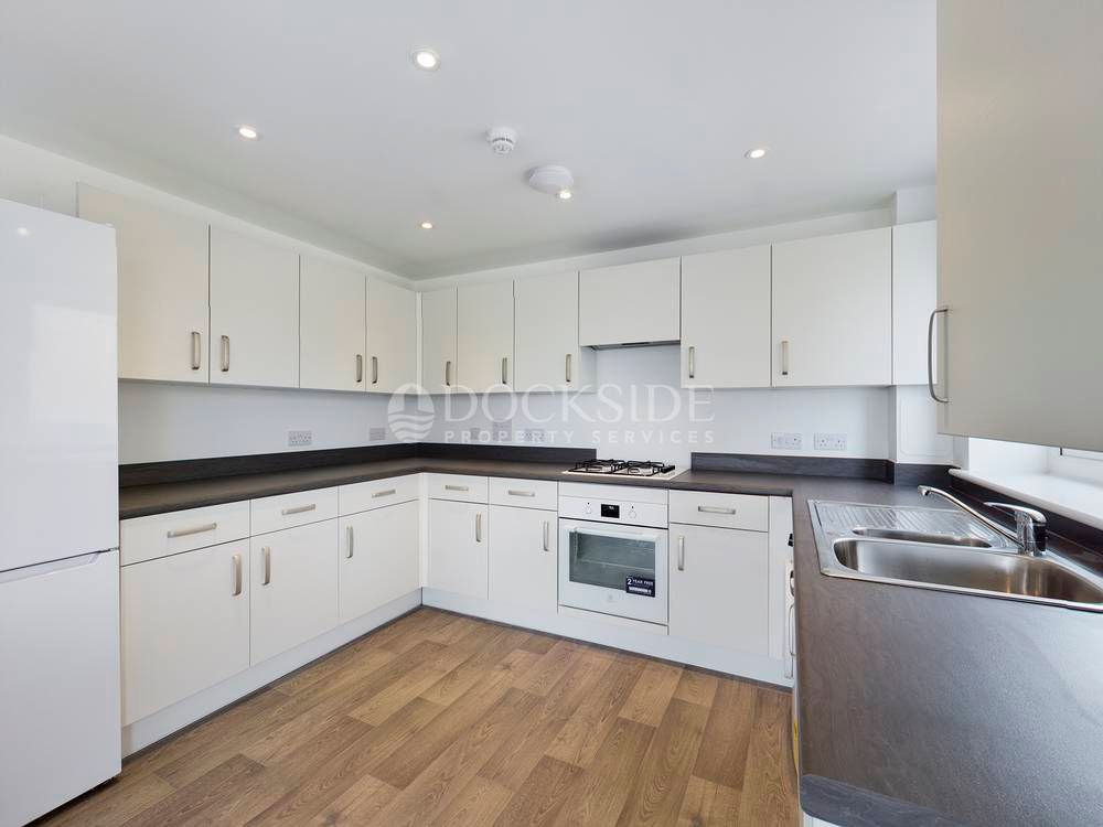 2 bed flat to rent in Starboard Crescent  - Property Image 2