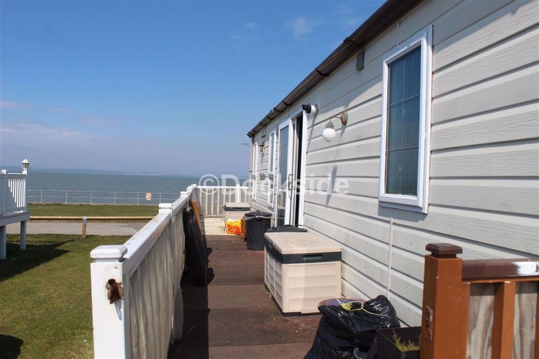 2 bed park home for sale in Haven Allhallows Holiday Park, ME3