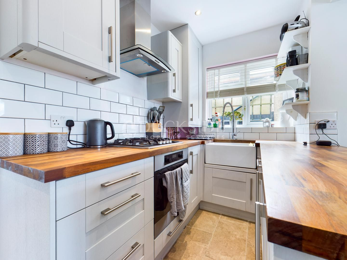 2 bed bungalow for sale in Delce Road, ME1