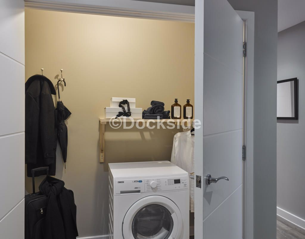 2 bed flat for sale in Cory's Road  - Property Image 5