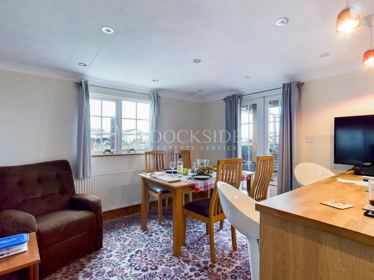 6 bed house boat for sale in Vicarage Lane  - Property Image 6