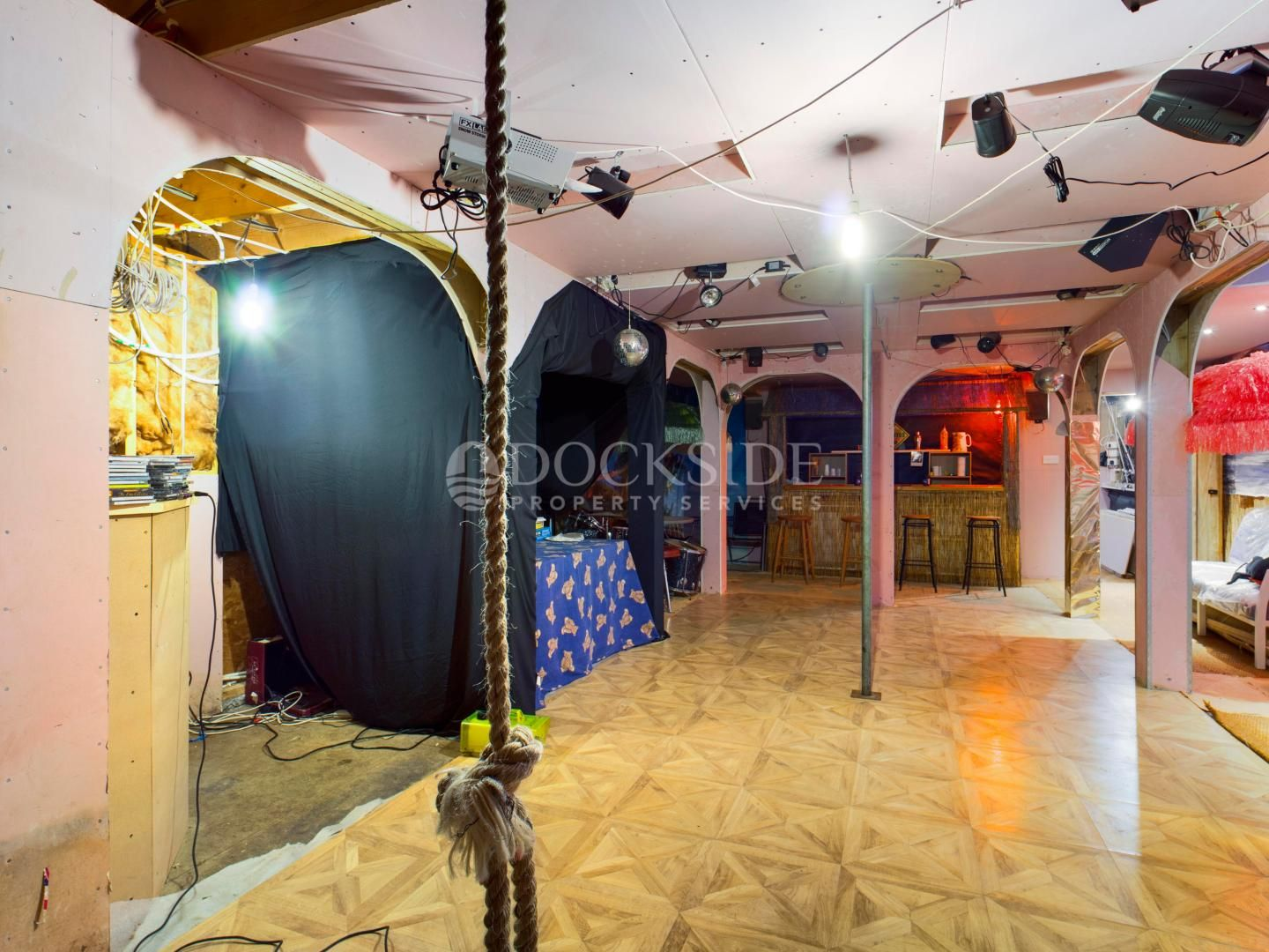 6 bed house boat for sale in Vicarage Lane  - Property Image 9