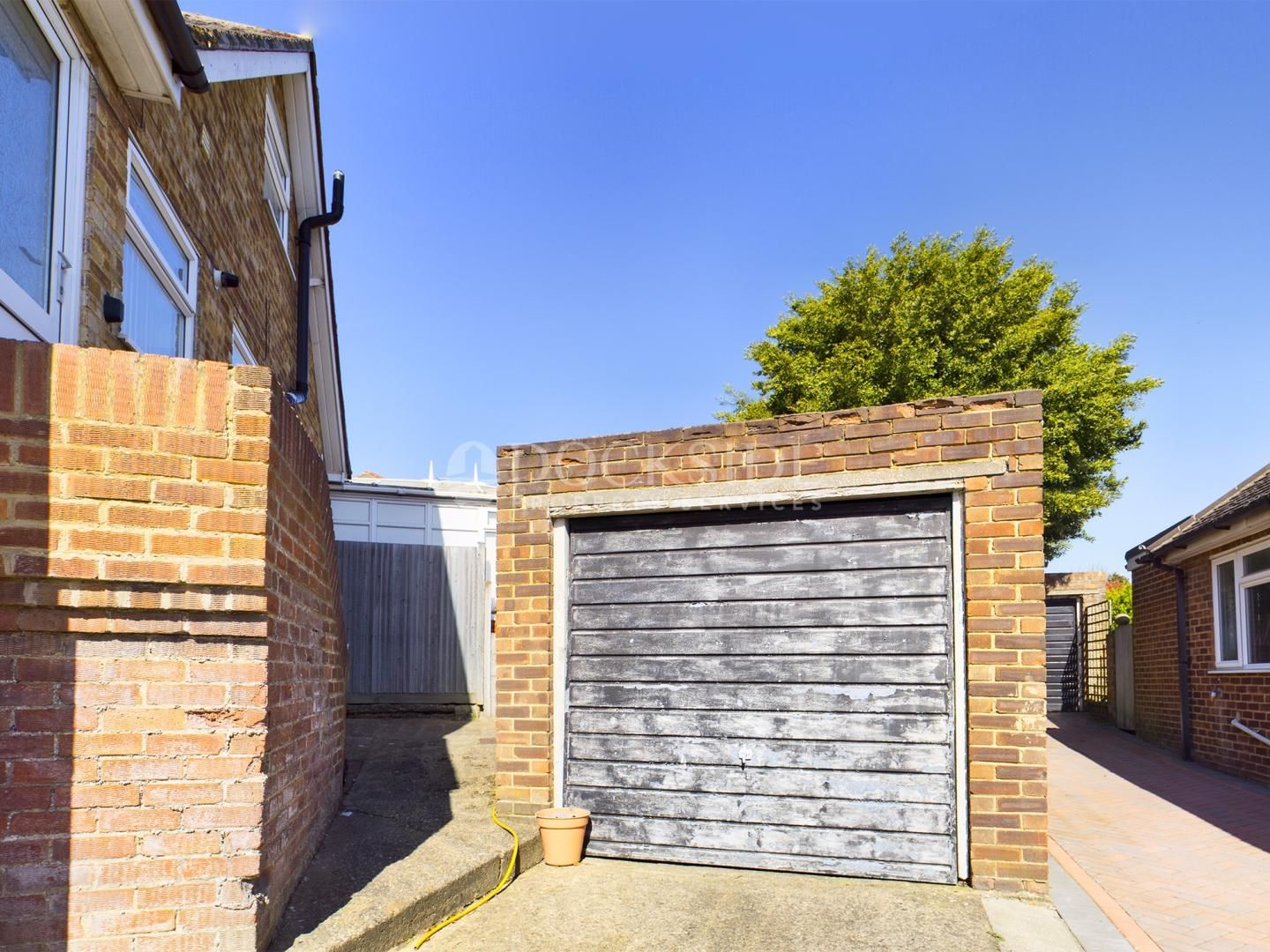 3 bed house for sale in Sharfleet Drive  - Property Image 11