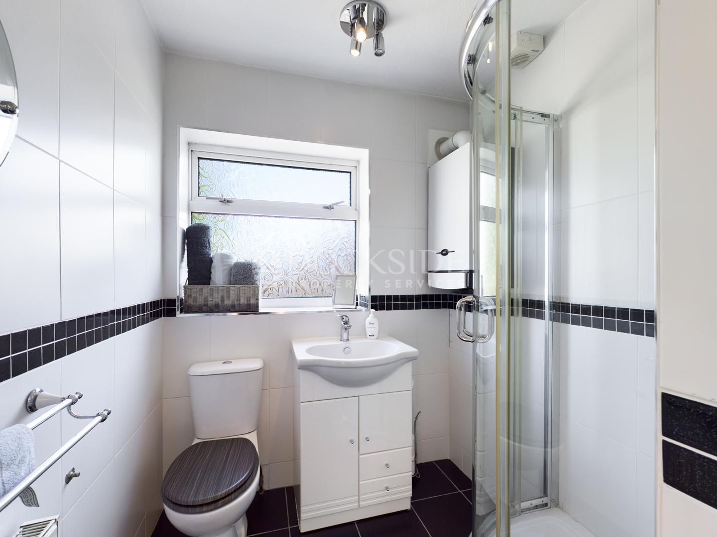 3 bed house for sale in Sharfleet Drive  - Property Image 5