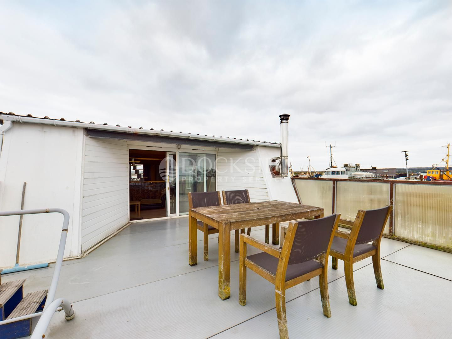 4 bed house boat for sale in PORT WERBURGH RESIDENTIAL MARINA,  - Property Image 12