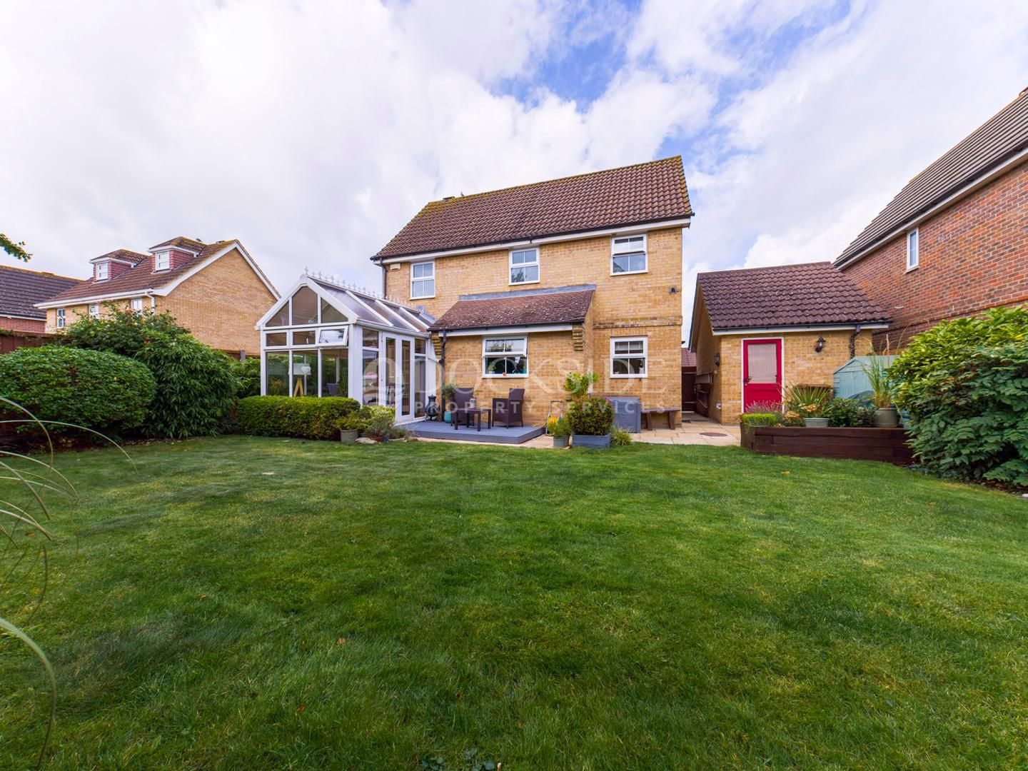 3 bed house for sale in Haven Way  - Property Image 2