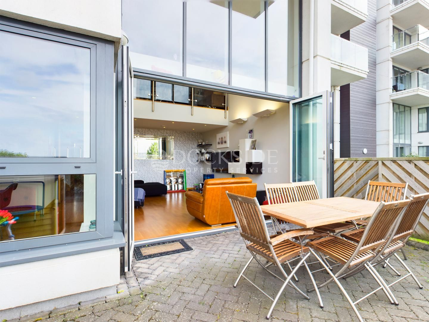 5 bed flat for sale in Pier Road  - Property Image 5