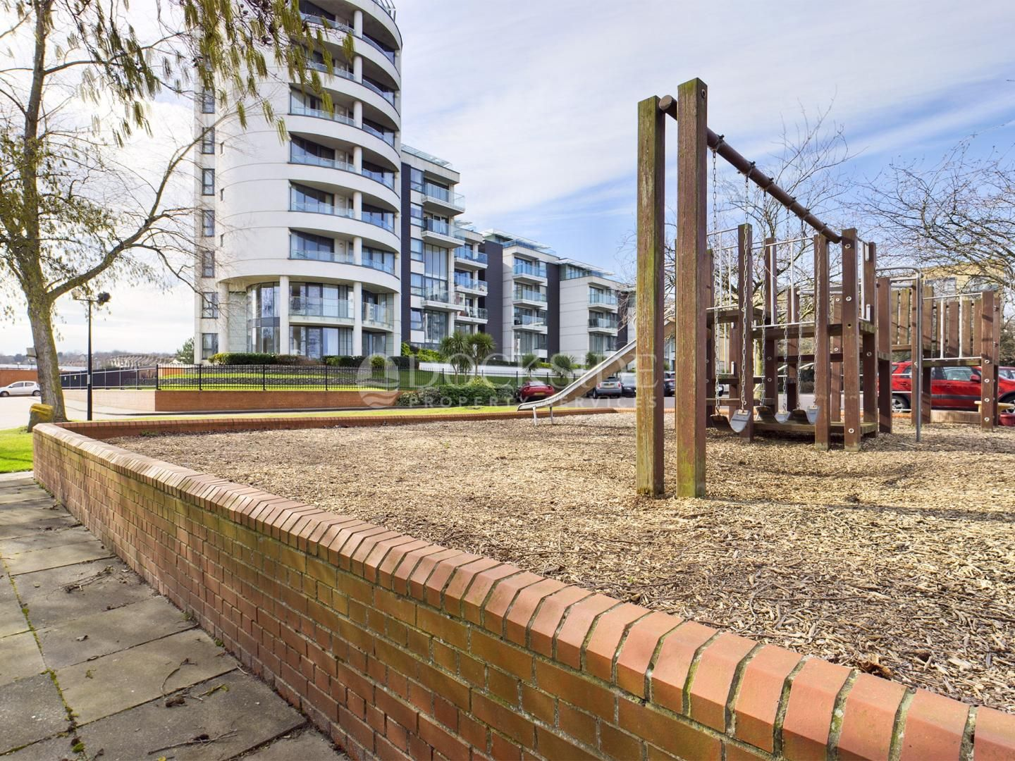 5 bed flat for sale in Pier Road  - Property Image 9