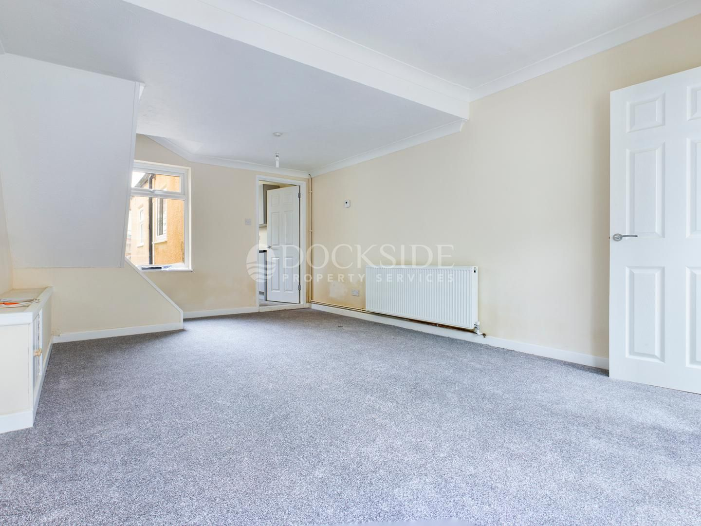 2 bed house to rent in James Street  - Property Image 1
