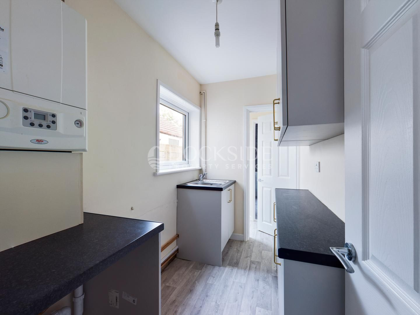 2 bed house to rent in James Street  - Property Image 2