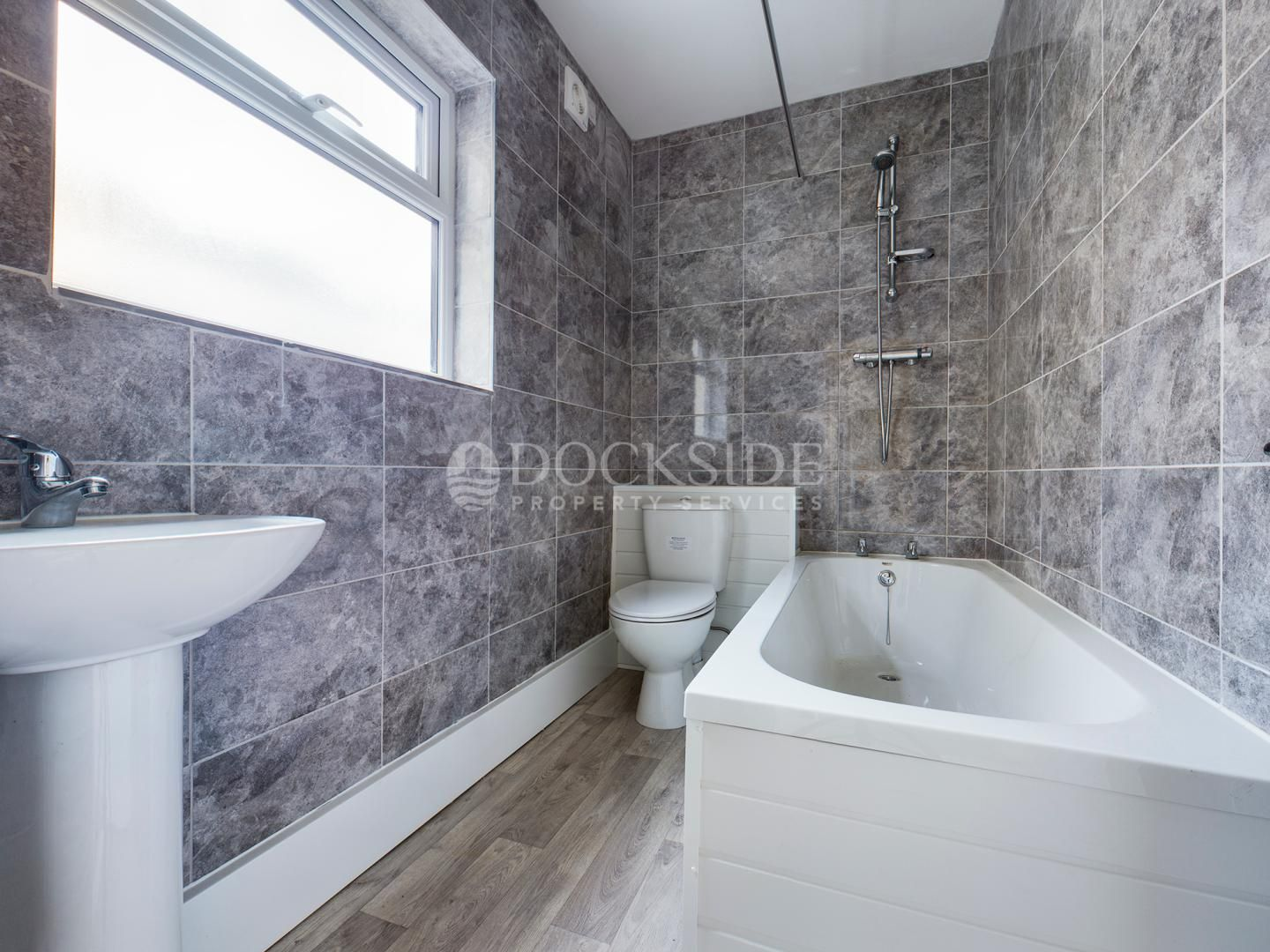 2 bed house to rent in James Street  - Property Image 3
