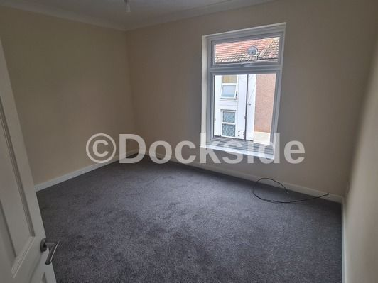 2 bed house to rent in James Street  - Property Image 5