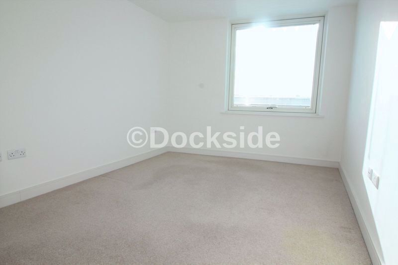 2 bed flat to rent in Marina Point West  - Property Image 6