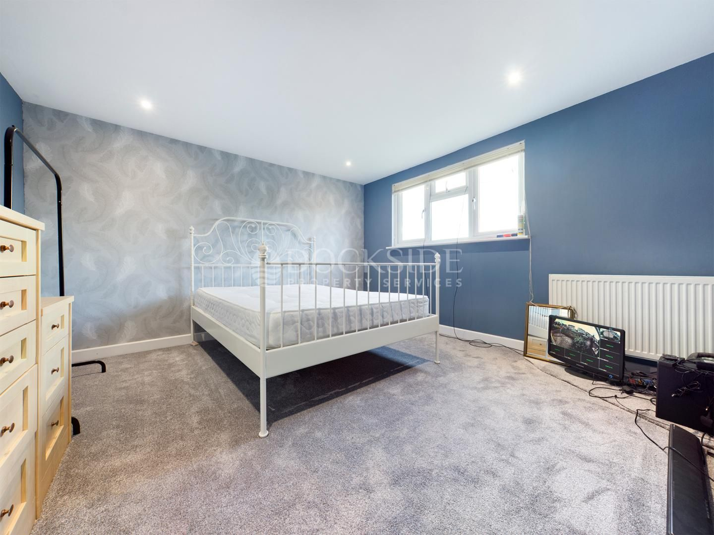 2 bed bungalow for sale in Carlton Cresent  - Property Image 3
