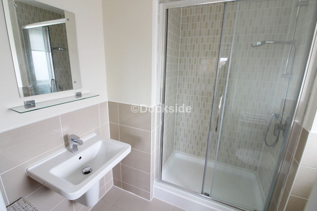 2 bed flat to rent in The Shoreway  - Property Image 5