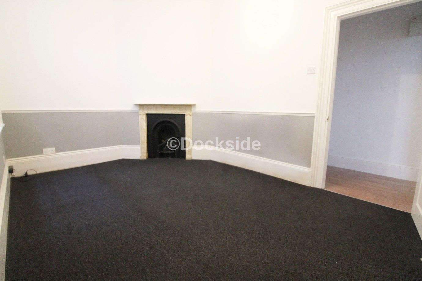 2 bed flat to rent in High Street  - Property Image 4