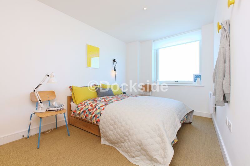 1 bed flat to rent in Marina Point West, Dock Head Road  - Property Image 3