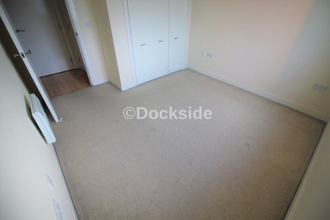 1 bed flat to rent in Watersmeet  - Property Image 6