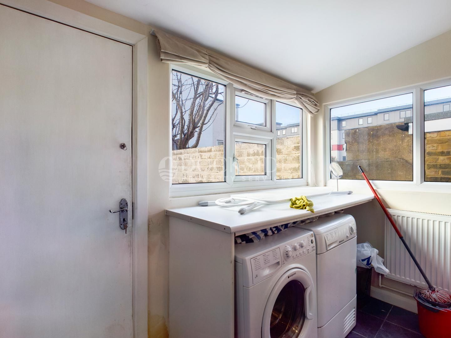 5 bed house to rent in Milner Road  - Property Image 5